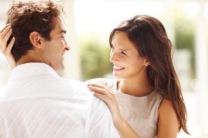 couple-heureux-apres-avoir-acheter-size-genetics